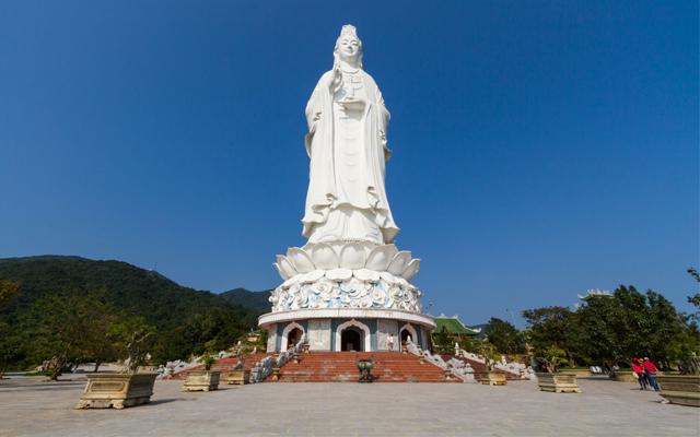 Chùa Linh Ứng - ngôi chùa linh thiêng của thành phố Đà Nẵng